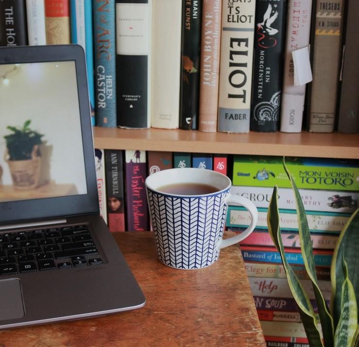 laptop and tea horizontal3